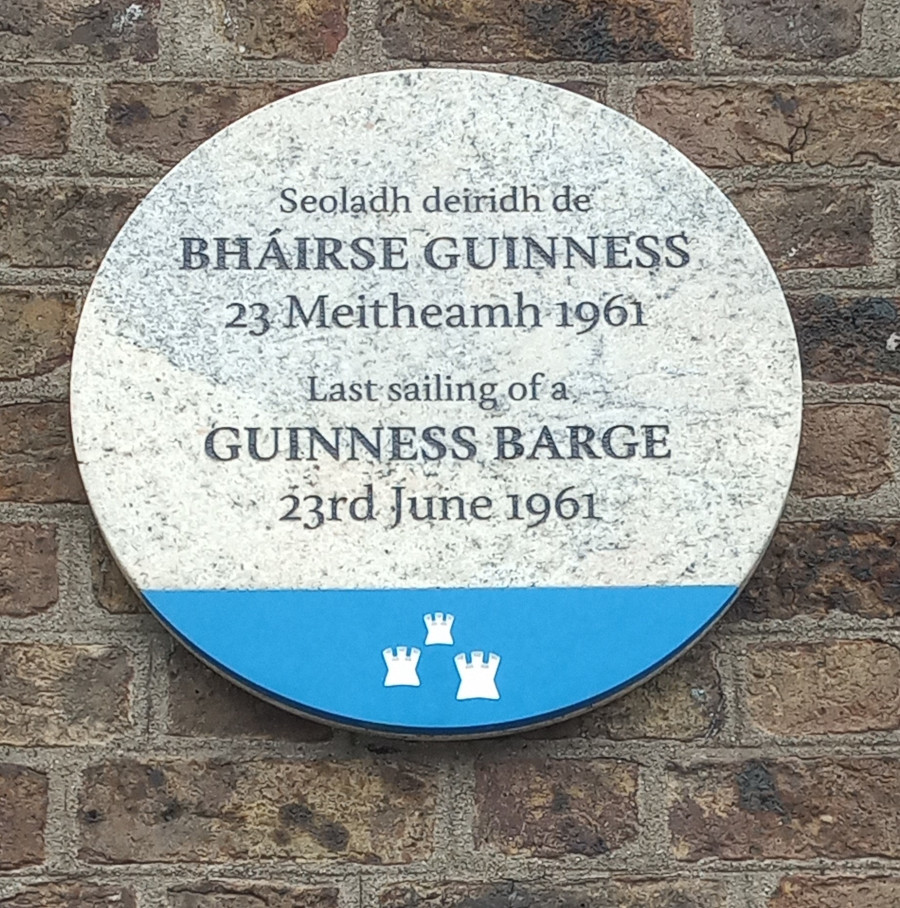 Plaque commemorating the last Guinness barge on the River Liffey